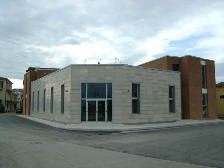 centro polifunzionale per immigrati regolari comune di Lesina (4)